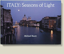Buchcover Italy: season of Light